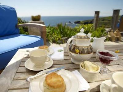 cream tea 2